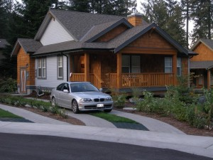 Cultus lake cottages sleeping 1 6 cultus lake cottages for Cabins at cultus lake