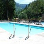 The Cottages at Cultus Lake Treehouse Pool 24