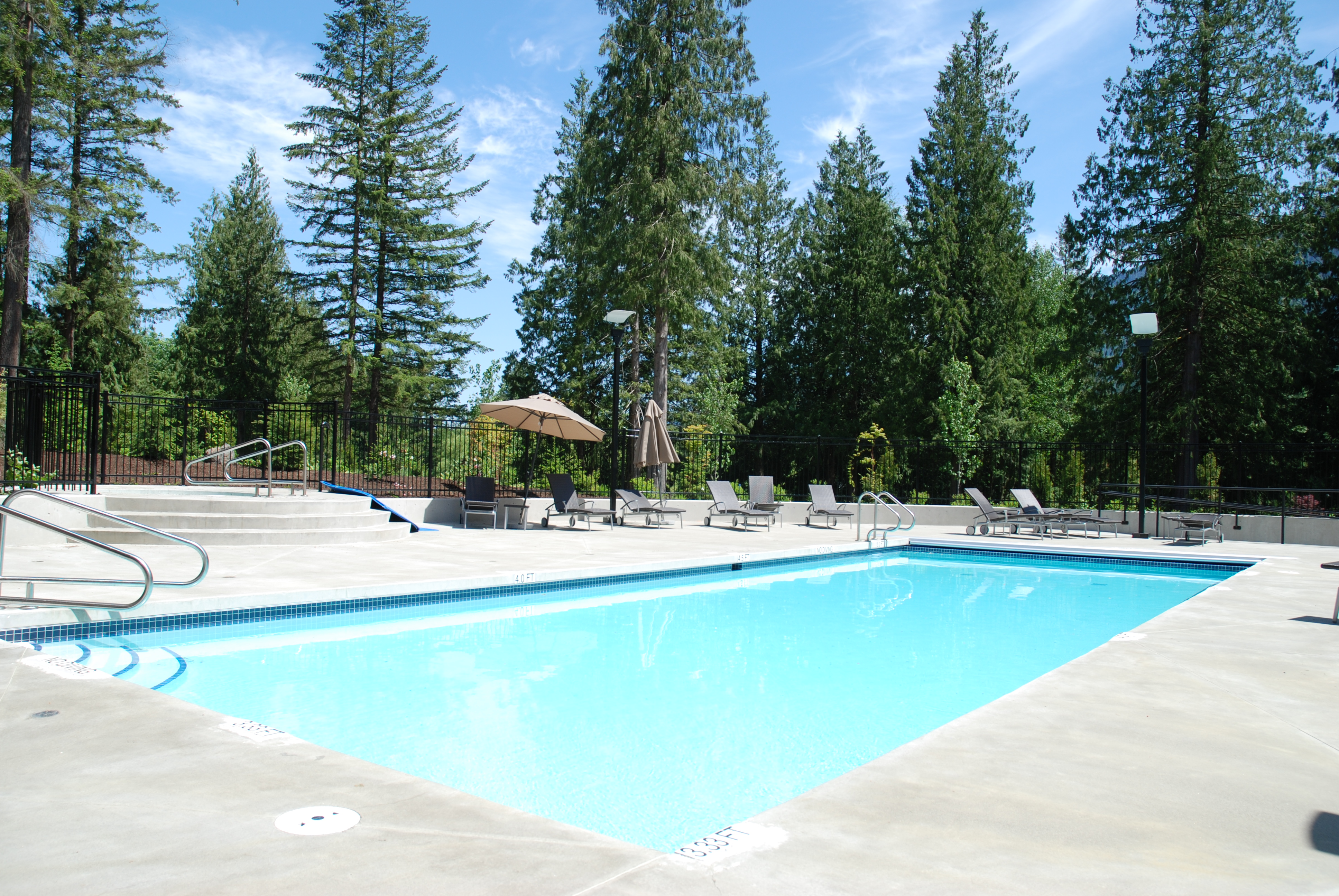 Cottages At Cultus Lake Treehouse Swimming Pool Photo Gallery Cultus Lake Cottages