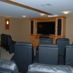 cultus-lake-cottages-treehouse-movie-theatre-4